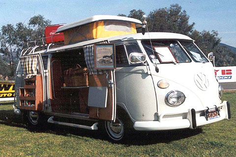 Several aftermarket companies modified the Transporter into compact campers.