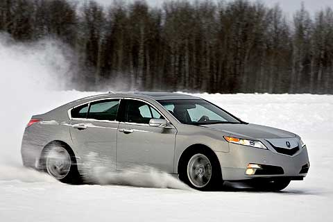 Serious performance-sedan enthusiasts will choose the TL SH-AWD� to make winding roads their own.