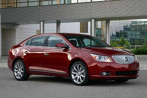 2010 Buick LaCrosse CXS Mid-sized Near-Luxury Sedan front exterior photo