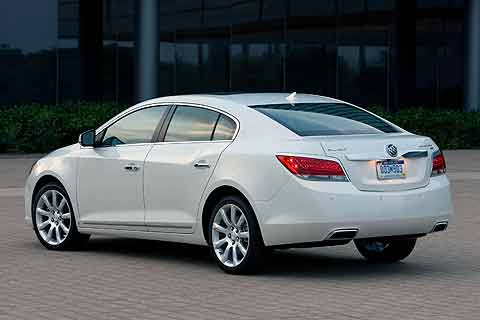 2010 Buick LaCrosse CXS Mid-sized Near-Luxury Sedan rear exterior photo