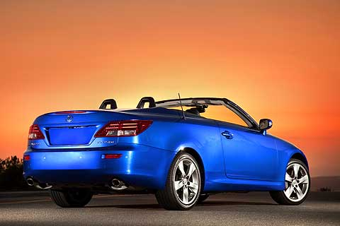 The Lexus IS convertible rear view features a clean, continuous design, with flowing bumper corners and a strong bumper shape that flows inward towards the exhaust